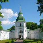 вхід до Спасо-Преображенського монастиря