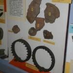 бронзові шарнірні шийні гривни